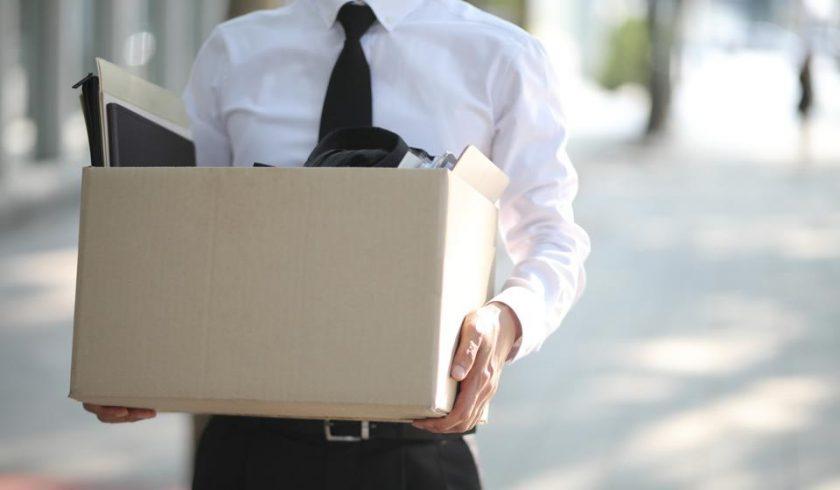 Как уволить визового иностранного сотрудника?